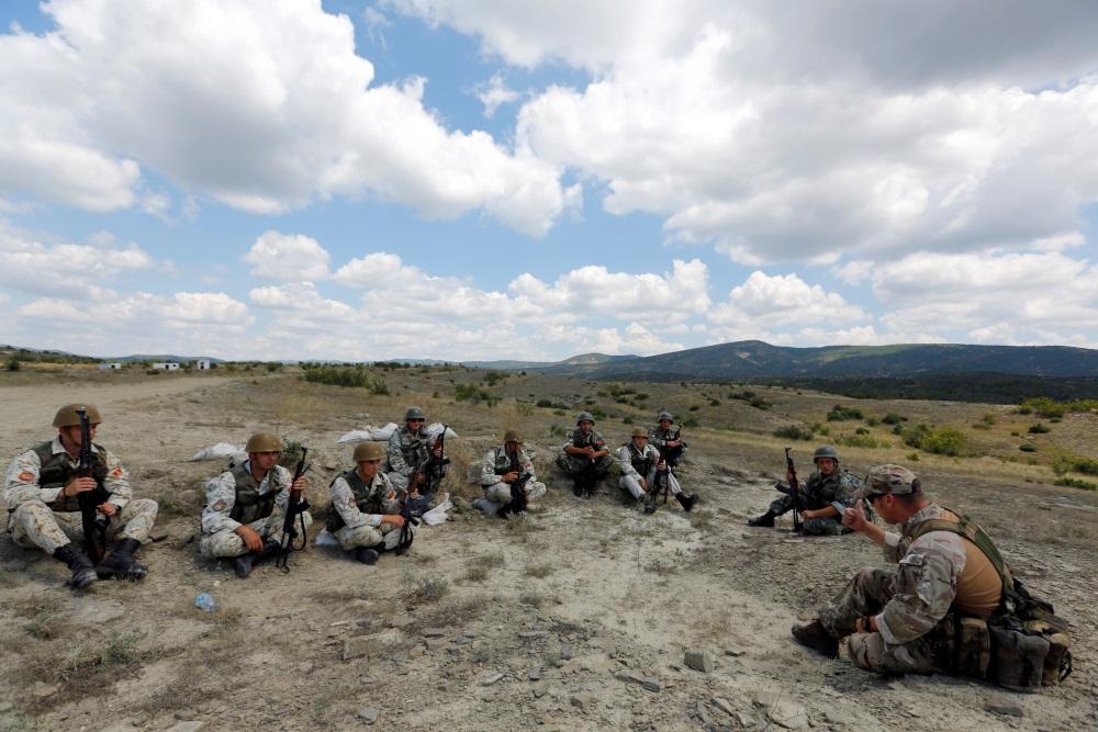 Maķedonijas armija.
