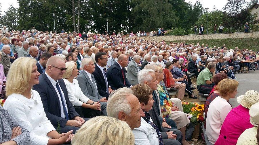 Latvijas Politiski represēto apvienības salidojumā pērn Ikšķilē.