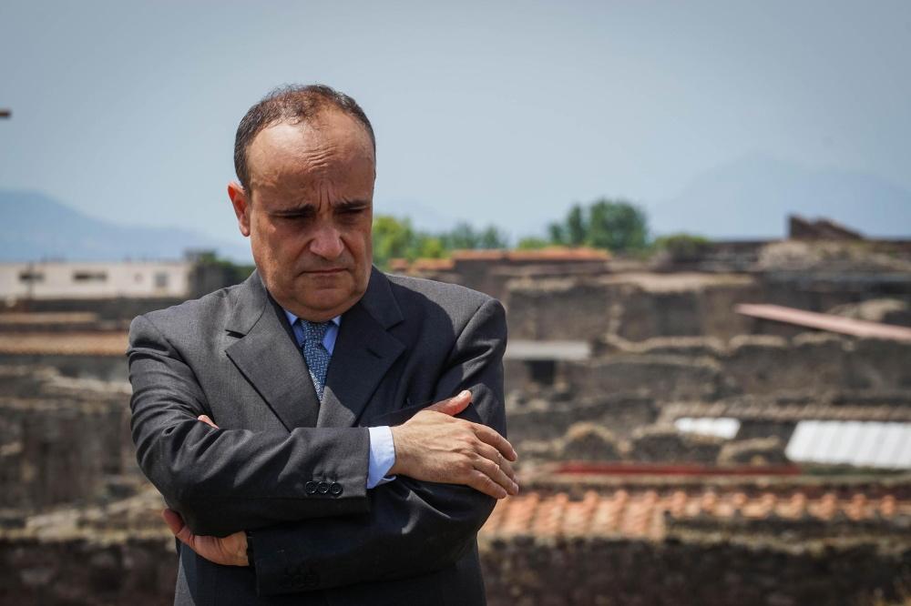 Itālijas kultūas ministrs Alberto Bonisoli Pompeju apmeklējuma laikā.