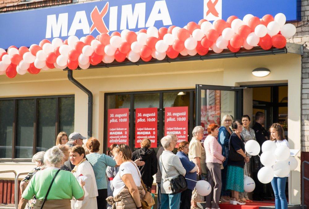 """Veikala """"Maxima X"""" atklāšana Rīgā"""