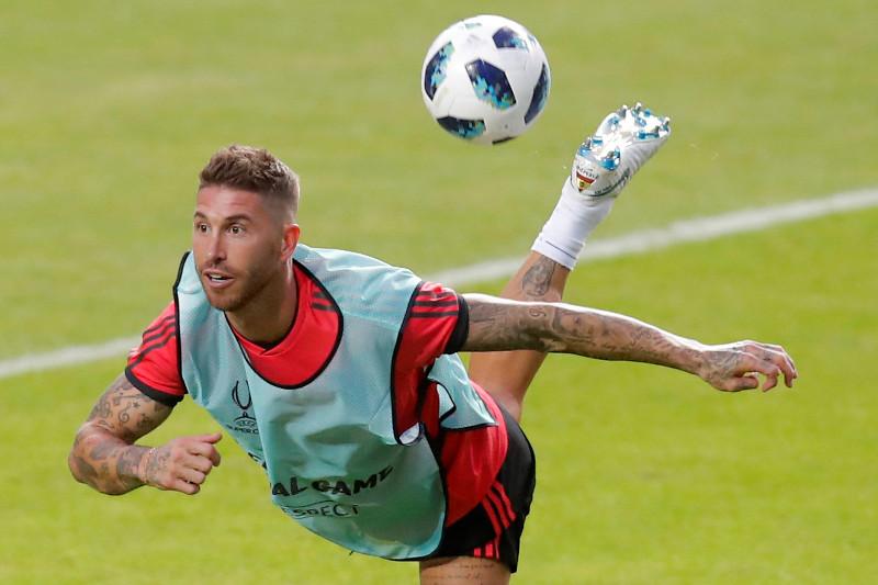 """Madrides """"Real"""" aizsargs Serhio Romass treniņā Tallinā"""