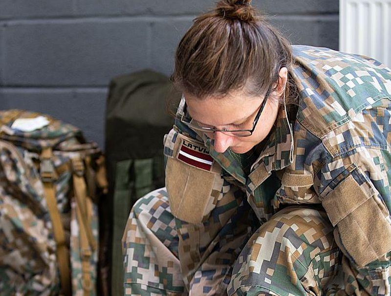 Jūlija beigās bruņotajos spēkos sākās rezervistu apmācības kurss, kurā brīvprātīgi militārās pamatiemaņas apgūst 42 rezervisti.