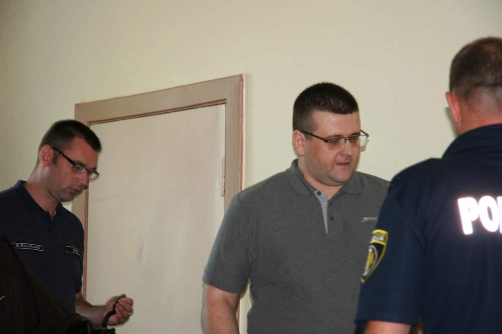 Vidzemes rajona tiesa Madonā par spiegošanu Krievijas labā tiesāja Juriju Stilvi.