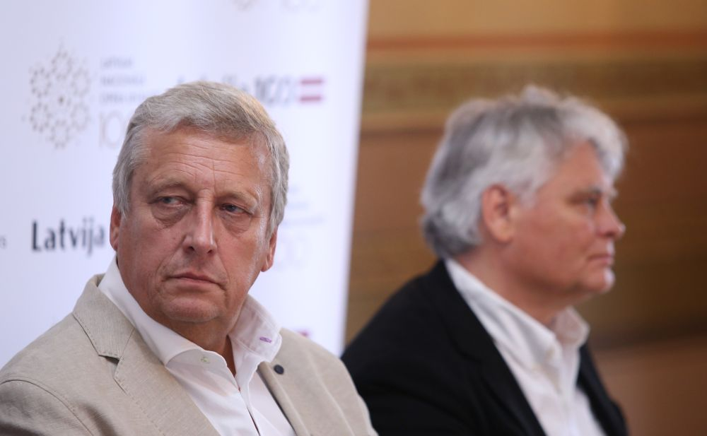 Latvijas Nacionālās operas un baleta (LNOB) valdes priekšsēdētājs Zigmars Liepiņš (no kreisās) un Latvijas Nacionālā baleta mākslinieciskais vadītājs Aivars Leimanis.