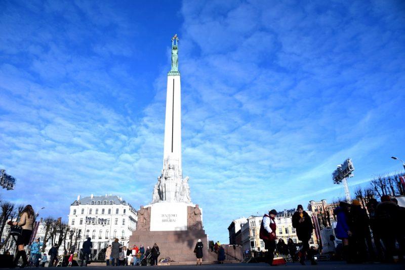 Brīvības piemineklis Rīgā.