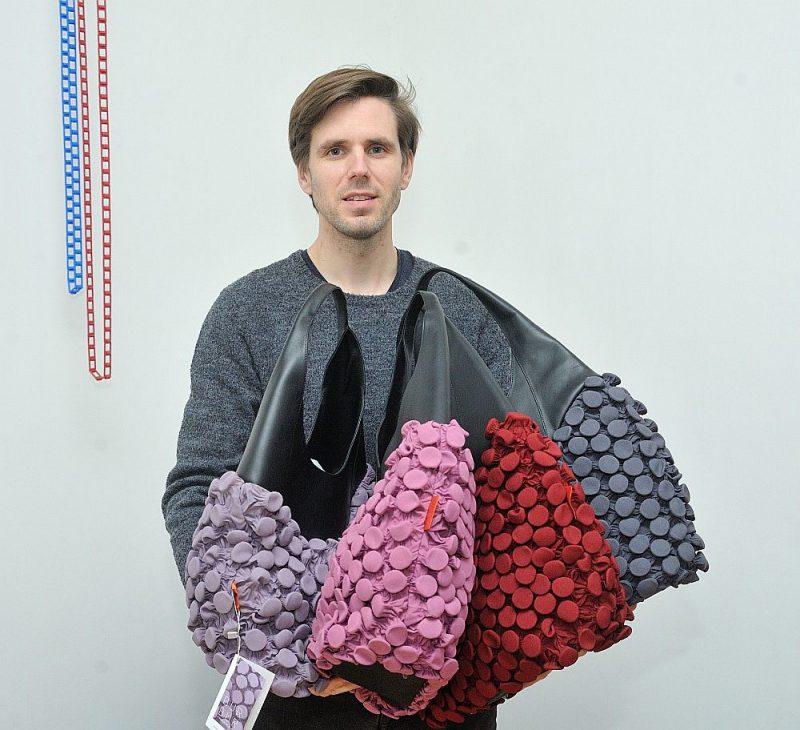 """Andrs Hermanis: """"""""BlindArt"""" ražotās somas atzinīgi novērtēja Milānā."""""""