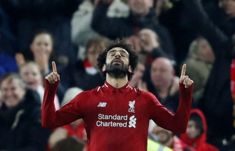 """""""Liverpool"""" uzbrukuma līderis Muhameds Salāhs pēc vārtu guvuma mačā ar """"Napoli""""."""
