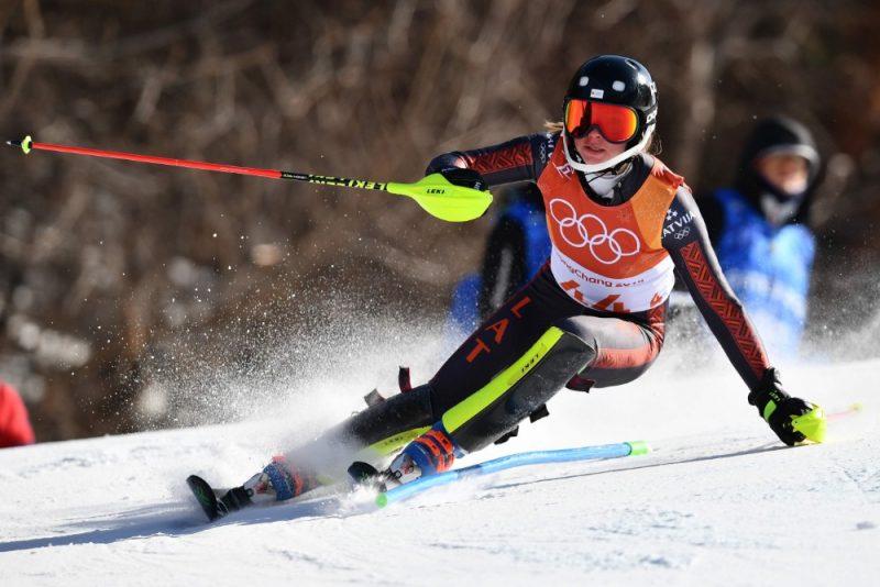 Kalnu slēpotāja Lelde Gasūna olimpiskajās spēlēs Phjončhanā.