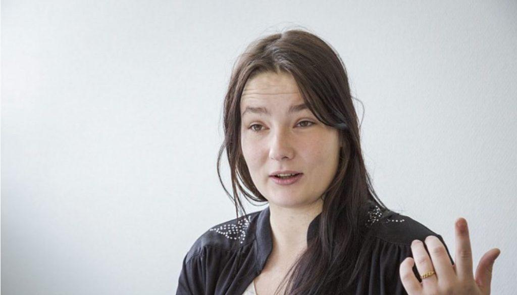 """Televīzijas šova """"Lauku sēta"""" dalībniece Aija Dembovska."""