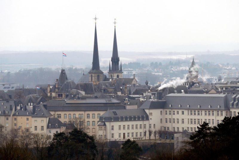 Luksemburga.