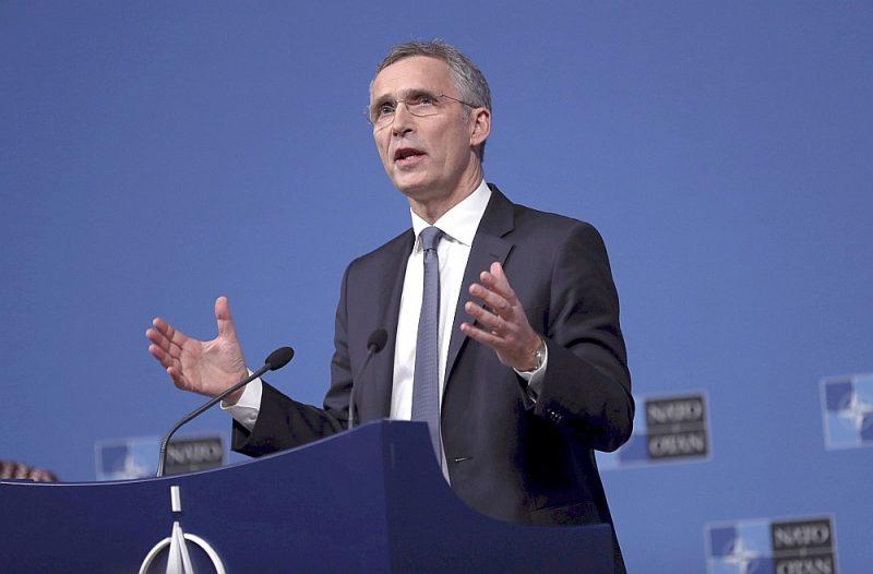 NATO ģenerālsekretārs Jenss Stoltenbergs, kurš agrāk bija izteicies, ka NATO neplāno Eiropā izvietot jaunus kodolieročus, tagad atzinis, ka NATO ir jāsagatavojas pasaulei bez vidēja un tuva darbības rādiusa kodolbruņojuma līguma.