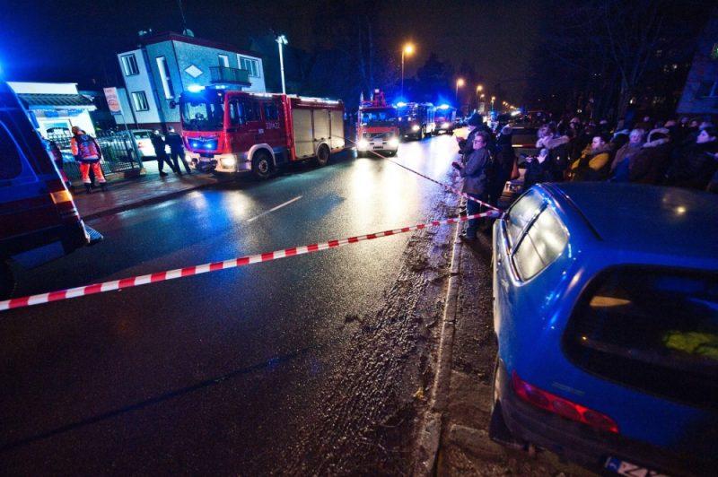 """Traģēdija Polijā, kur, spēlējot """"izlaušanās spēles"""", bojā gāja 5 pusaudži, 04.01.2019."""