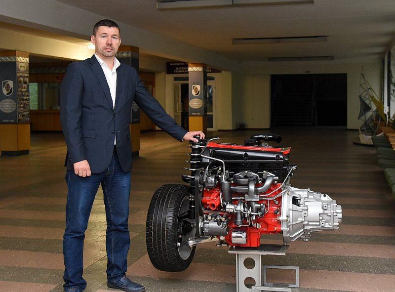 """Latvijas Mašīnbūves un metālapstrādes rūpniecības asociācijas (MASOC) valdes priekšsēdētājs Toms Grīnfelds: """"Mašīnbūves un metālapstrādes nozarē trūkst speciālistu, tostarp kvalificētu inženieru, un tas noved pie lielākām izmaksām."""""""
