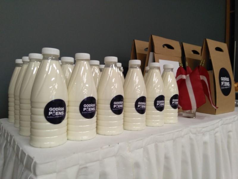 """Akcijā """"Godīgs piens"""" piedāvātā produkcija."""
