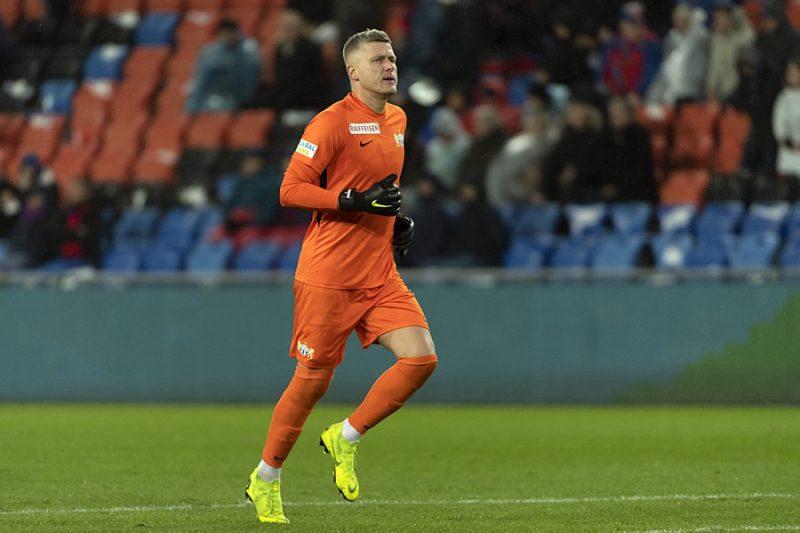 """Andris Vaņins vēl uz gadu pagarinājis līgumu ar Šveices klubu """"Zurich""""."""