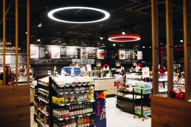 """""""Circle K"""" investē 8,4 miljonus eiro veikalu rekonstrukcijā."""