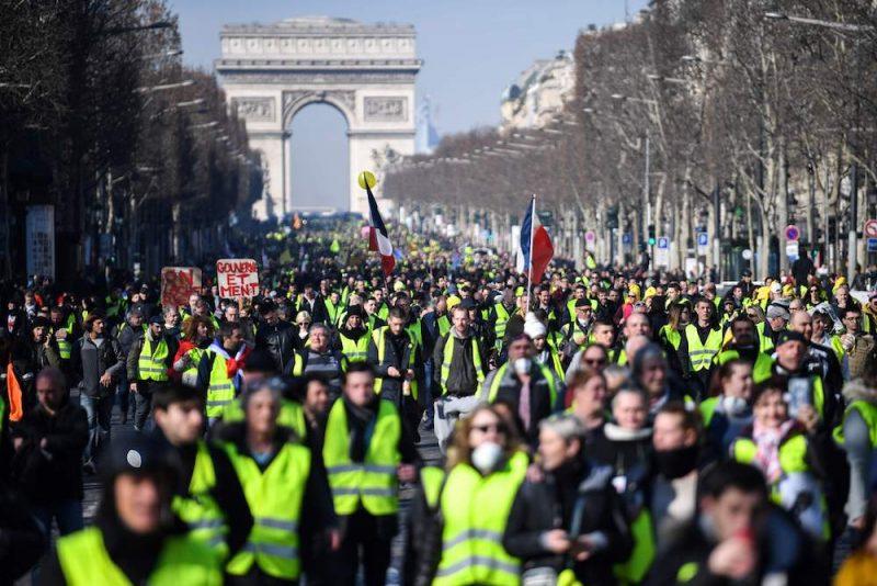 """16.februārī, kad """"dzelteno vestu"""" kustībai apritēja trīs mēneši, demonstrācijas bija mierīgas"""