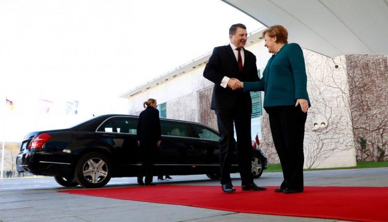 Latvijas Valsts prezidents vizītē Vācijā tiekas ar kancleri Angelu Merkeli,