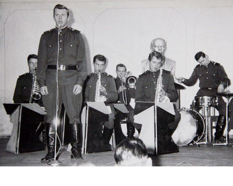 """Ojārs Grinbergs bija pirmais un vadošais solists """"Zvaigznītē""""."""