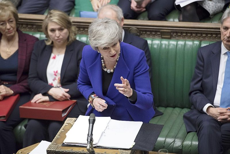 Britu premjerministre Terēza Meja Apvienotās Karalistes parlamenta apakšpalātā