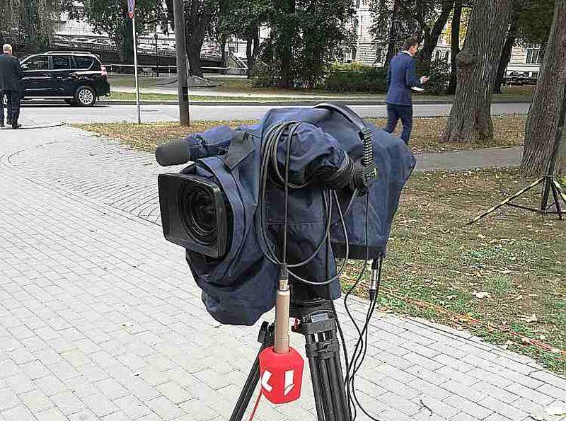 Latvijas Televīzijas pārstāvji uzskata, ka LTV finansējums nav pietiekams, lai vienlaikus nodrošinātu gan augsti kvalitatīvu, daudzpusīgu saturu, gan attīstītos tehnoloģiski.