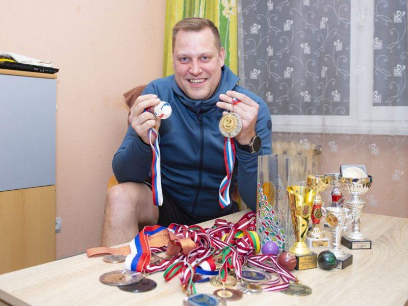 Pēdējā medaļa iegūta pērn, sudrabs par uzvaru Grobiņā, bet vērtīgākā – zelts.