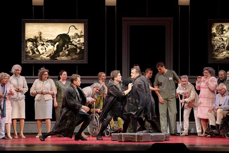 "Skats no Nacionālās operas jaunuzveduma ""Italo Montemeci, Rudžero Leonkavallo ""Burvestība. Pajaci""."