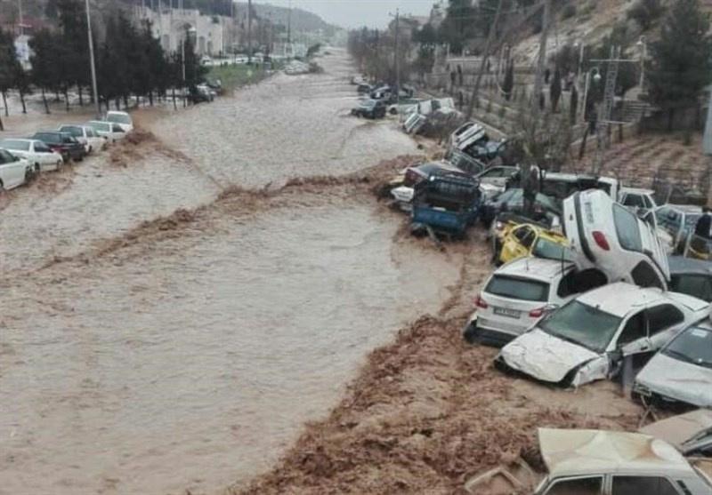 Plūdu postījumi Širazā