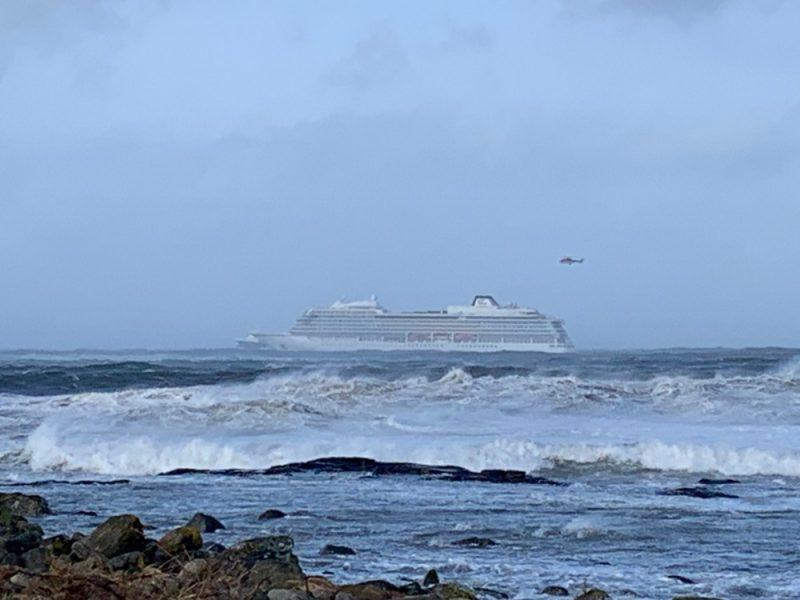"""Kruīza kuģis """"Viking Sky""""."""