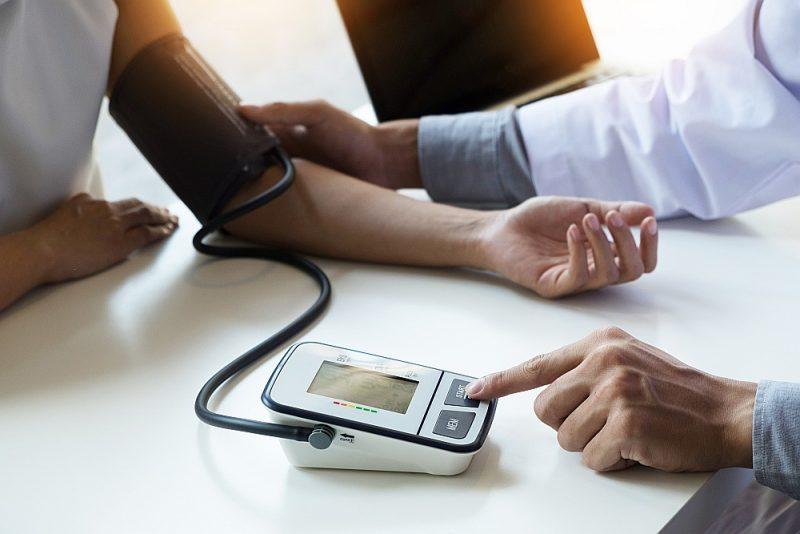 Ikvienam jāzina sava asinsspiediena, holesterīna un glikozes līmeņa rādītāji.
