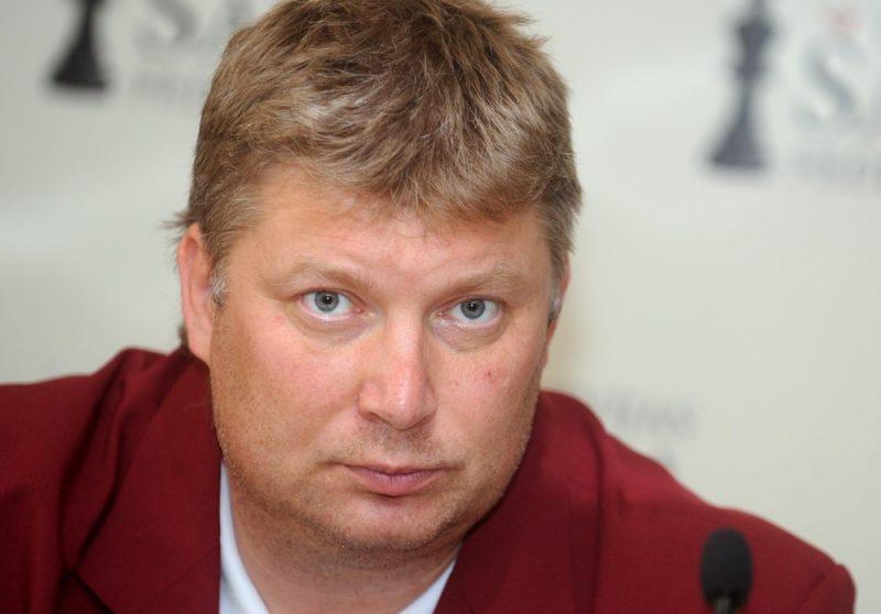 Šaha lielmeistars Aleksejs Širovs
