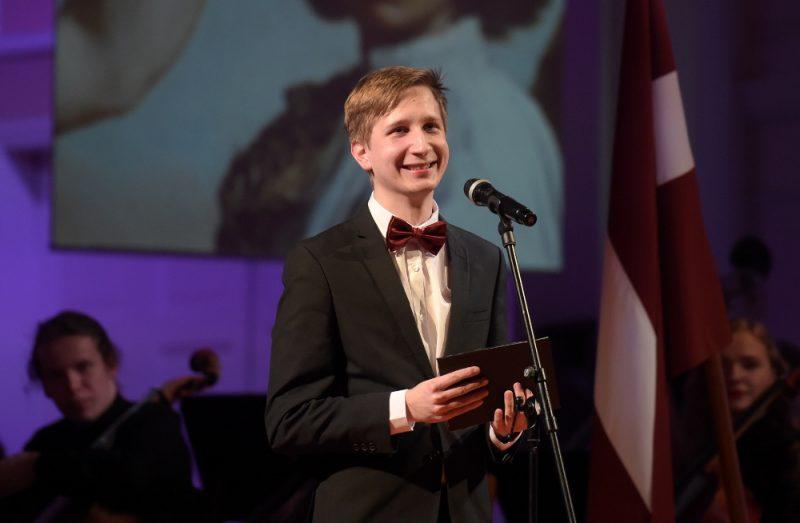 """Cimzes mūzikas dienās piedalīsies arī J. Vītola Latvijas Mūzikas akadēmijas Pūšaminstrumentu katedras students Aigars Raumanis, kurš šogad saņēma Mūzikas akadēmijas un """"LMT Gada Balvu 2018""""."""