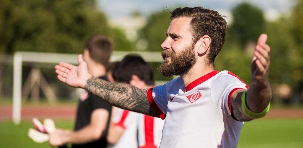 Edgars Gauračs profesionāla futbolista karjeru noslēdza ar gūtiem vārtiem.