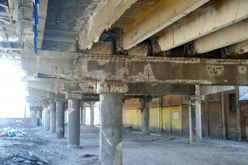 Deglava tilts 2019. gada 23. aprīļa rītā, ka iekšlietu ministrs paziņojis, ka tiltu drošības apsvērumu dēļ slēgs.