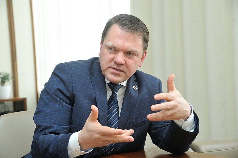 """Edvīns Bērziņš: """"Uzņēmuma vadītājam viedtālruņa lietotnē vajadzēs tikai norādīt """"Rīga–Minska, 1. maijs, 1 konteiners"""" un saņemt apstiprinājumu."""""""
