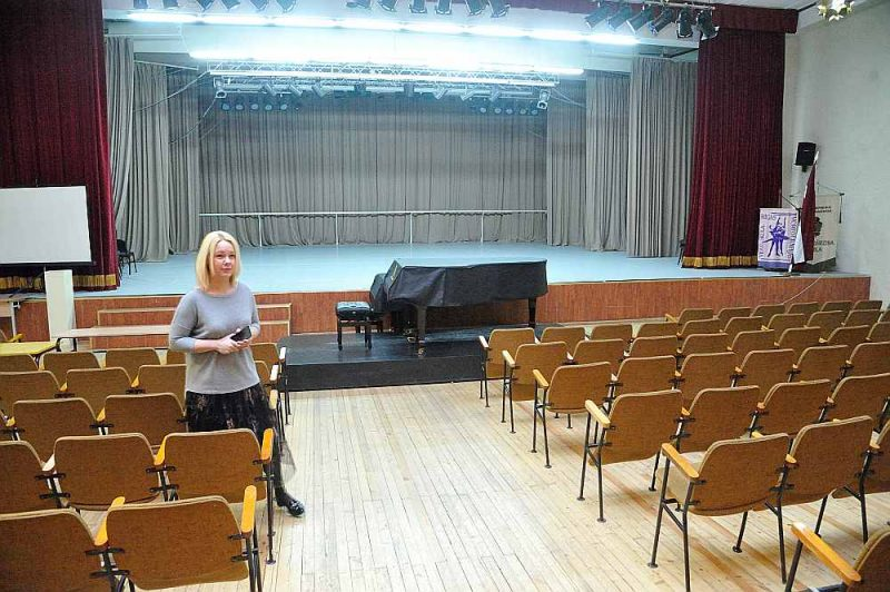 Piešķirti arī vairāk nekā 44 000 eiro Nacionālās kultūru vidusskolas zāles rekonstrukcijas projekta izstrādei.