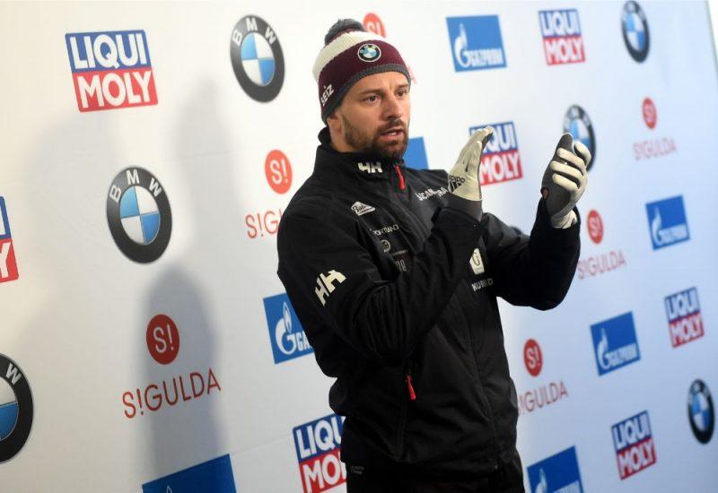 Martins Dukurs pērn decembrī Pasaules kausa posmā Siguldas trasē.