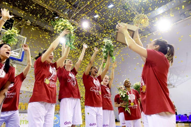 """""""TTT Rīga"""" sesto gadu pēc kārtas kļuvušas par Latvijas čempionēm."""