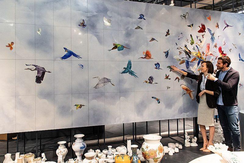 Krāsainības un dažādības radīšanai var izmantot pat sienas paneļus.