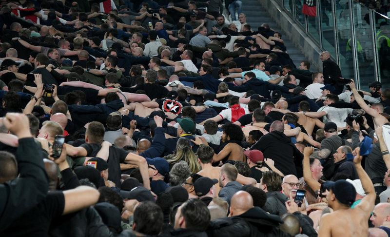 """Ajax"" fani var gavilēt."