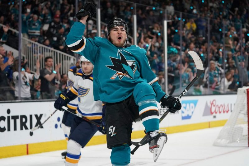 The Swiss Timo Maier played a great game and helped San Jose & # 8220; Sharks & # 8221; team to win the Stanley Cup semi-final.
