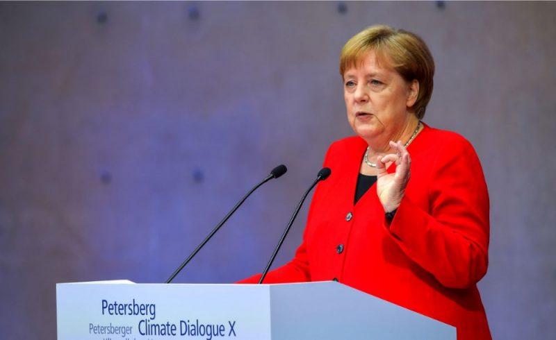 Angela Merkele.