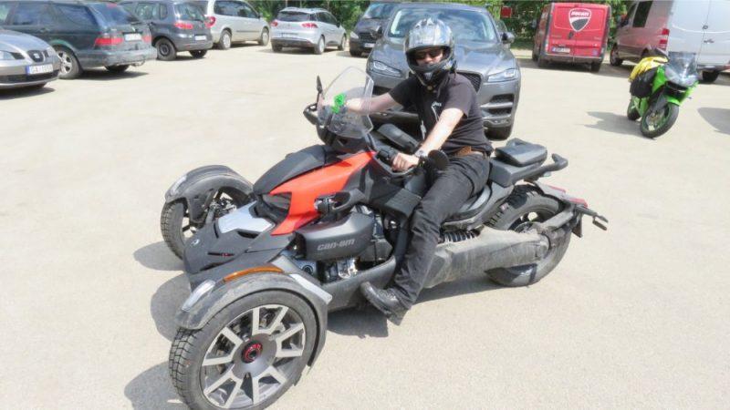 """Sestais pēc kārtas konkurss """"Latvijas Gada motocikls"""" uzņēmis apgriezienus jau līdz ar sniega nokušanu un kulmināciju piedzīvoja šodien – 22.maijā, 2019."""