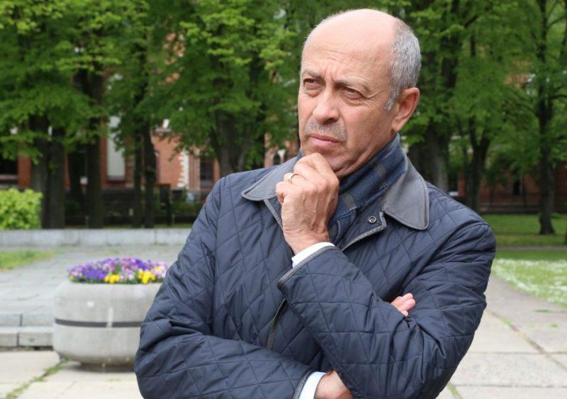 Pagaidām ticamākais kandidāts šim amatam tiek minēts pašreizējais domes priekšsēdētāja pienākumu izpildītājs Oļegs Burovs (GKR), min aģentūra LETA.