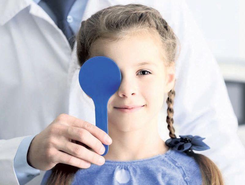 Valsts apmaksā bērniem trīs profilaktiskās redzes pārbaudes.