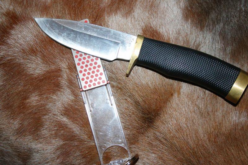 Galoda lietojama ātri un efektīvi, noderēs medību laikā, kad steidzami jālabo asmens.