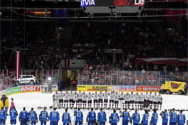 Latvijas hokeja izlasei līdzjutēji ir arī citās valstīs.