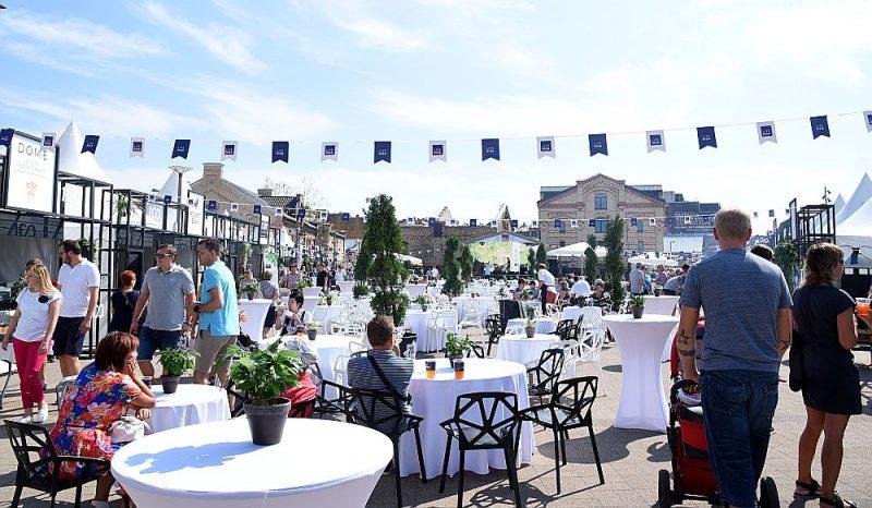 """""""Samazināts PVN ir vienīgā iespēja restorāniem izkļūt no pelēkās zonas,"""" aicina Latvijā pazīstami un iecienīti pavāri un restorānu īpašnieki."""