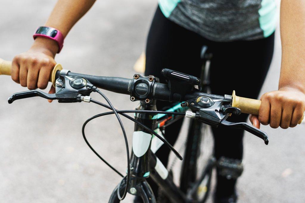 Starp cietušajiem arī trīs gājēji un divi velosipēdisti.