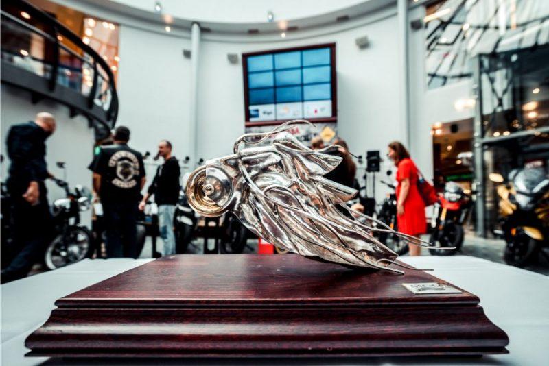 """Noskaidros """"Latvijas Gada motocikls 2019"""" uzvarētāju."""